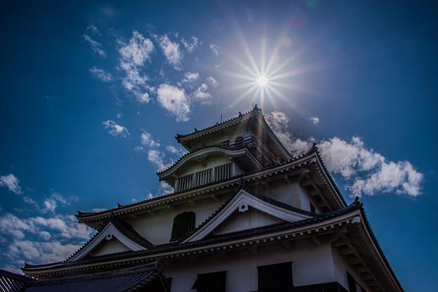 写真: お城&太陽