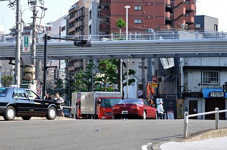 横浜駅南口