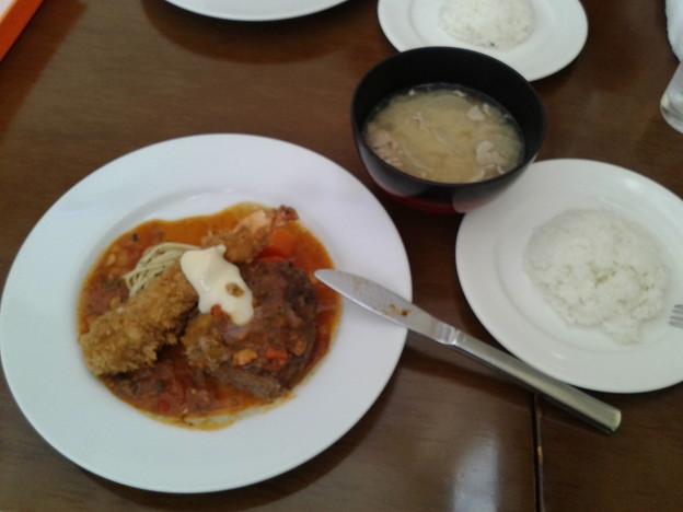 地元市原市のレストラン田中屋のハンバーグ定食
