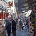 写真: 浅草寺のお正月