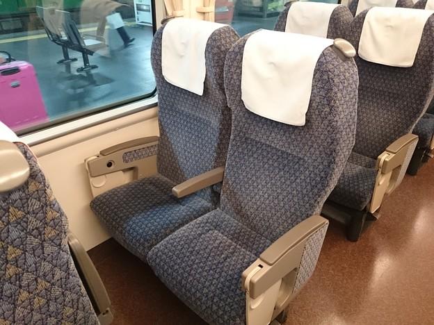 683系 普通車 座席