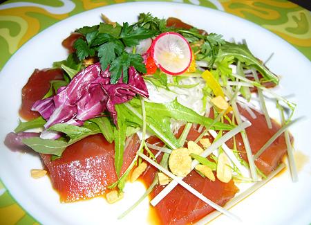 旭川大雪地ビール館カツオと大根のサラダ