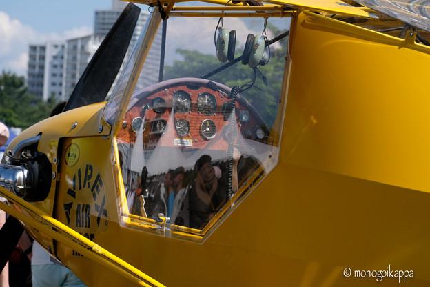 写真: Yellow airplane-4597