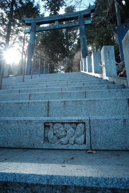 写真: 御嶽神社_07石段-7036