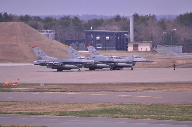 三沢基地へ帰還・・F-16C 第35戦闘航空団WW?