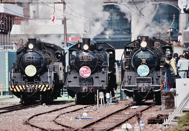 大井川鐵道SLフェスタ 横並びなったSL達警笛とライト点灯して。。