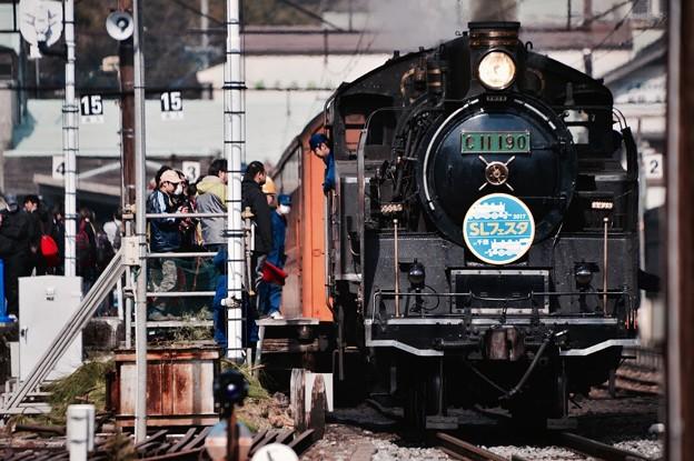 大井川鐵道SL C11190客車と連結して。。