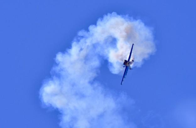 岩国基地フレンドシップデー前日予行きりもみ飛行で降下。。20170504