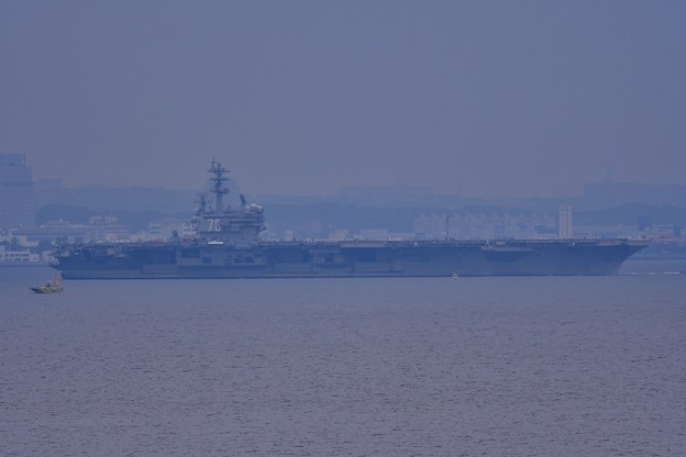 やっと出てきた米海軍の巨大艦。。(^^)20170516