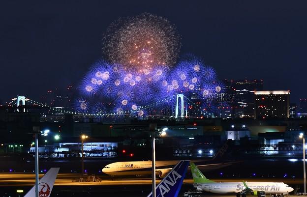 羽田空港から見えるスターアイランド花火? 20170527