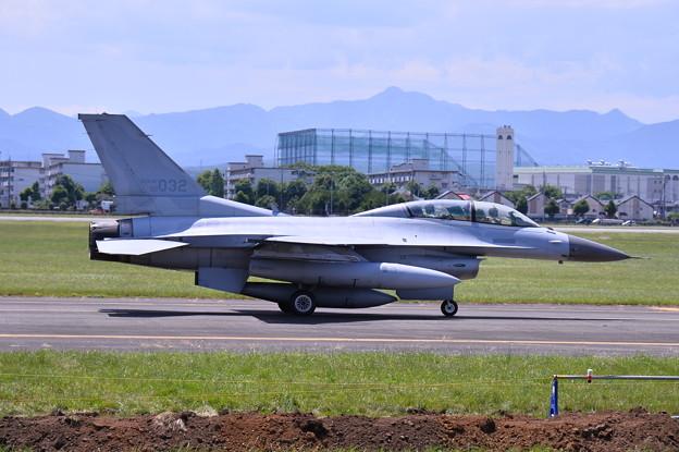 ある日の横田基地。。韓国空軍のF-16は二人乗り 20170603
