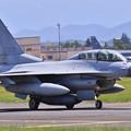 写真: ある日の横田基地。。2機目のKF-16 タキシング 20170603
