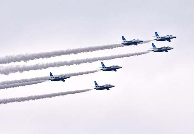 Iブルーインパルス予行練習。。編隊飛行ツリー