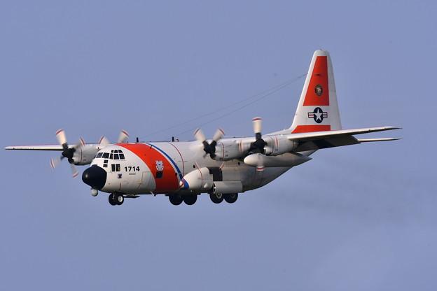 撮って出し。。三沢基地航空祭前日フライイン アメリカ沿岸警備隊HC-130飛来 9月9日