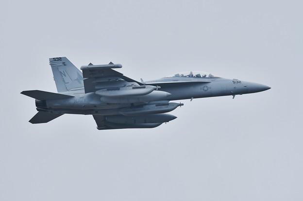 撮って出し。。三沢に配備されたばかりのVAQ-134ガルーダス ノーマル機上がり 9月11日