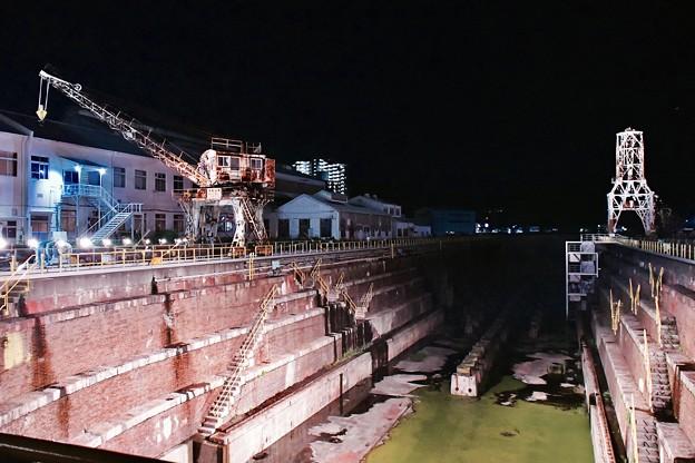 写真: 夜の旧造船所跡地。。浦賀ドック。。20170812