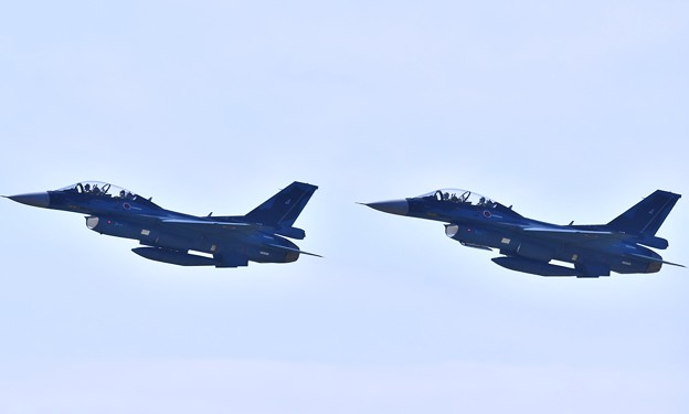 松島基地復興航空祭 F-2Bのフォーメーションテイク・オフ 20170827