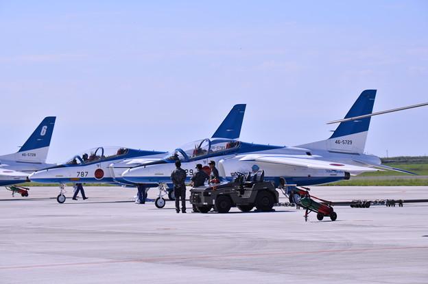 午前の1回目の展示飛行に向けて。。松島基地復興航空祭 20170827