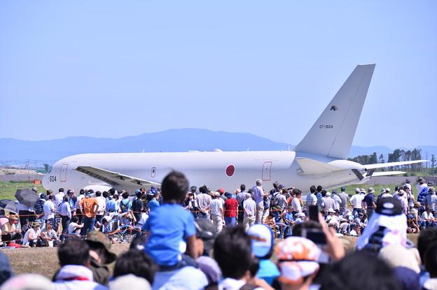 航空学生を乗せて帰路へ。。KC-767。。タキシング中(^^)