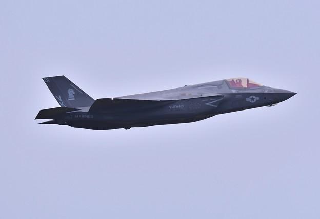 航空祭終えて翌日。。三沢から飛び立つF-35B VK01 (2)