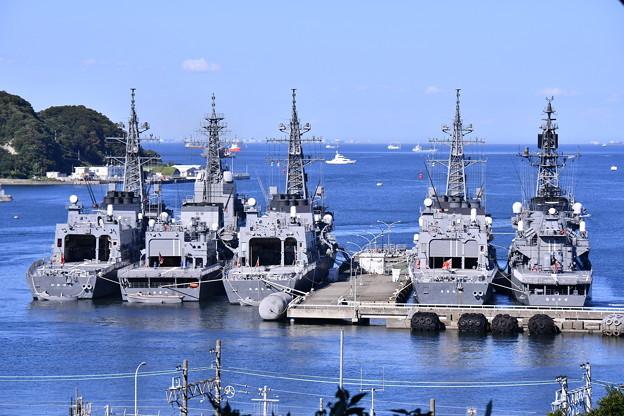 この日は吉倉桟橋の護衛艦たち。。横須賀港 20170918