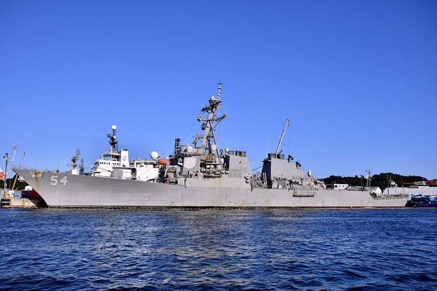 軍港めぐり 米海軍横須賀基地側に米軍ミサイル駆逐艦カーティスウィルバー 20170918