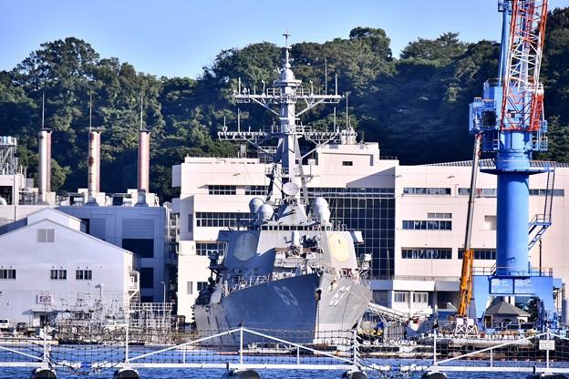 米軍横須賀基地 第9バースにミサイル駆逐艦ステザム 20170918