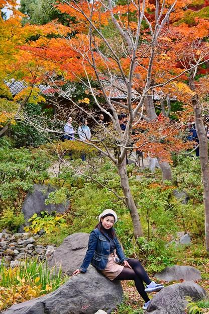 撮って出し。。東南アジア系の観光客いっぱい(^^) 紅葉と記念撮影 11月5日