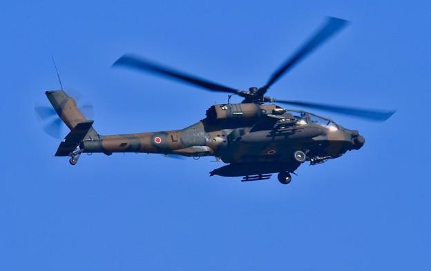 那覇駐屯地のAH-64コブラ 瀬長島から飛行 20171122