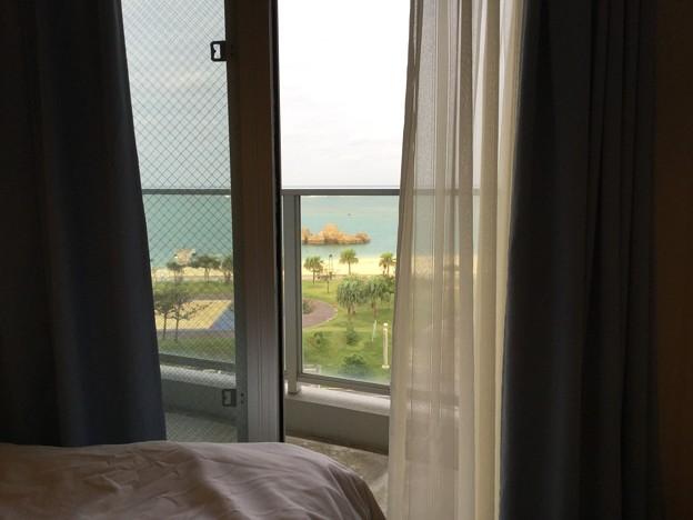 沖縄のコンドミディアム 気持ちいいそよ風が。。20171123