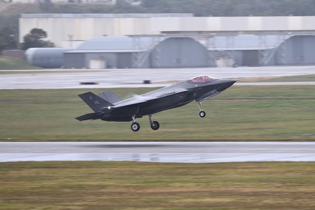 撮って出し。。嘉手納遠征 ヒル空軍基地のF-35A 流し撮り降り 1月8日