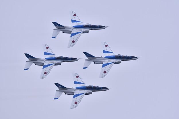 築城基地航空祭。。ブルーインパルスファンブレイク飛行