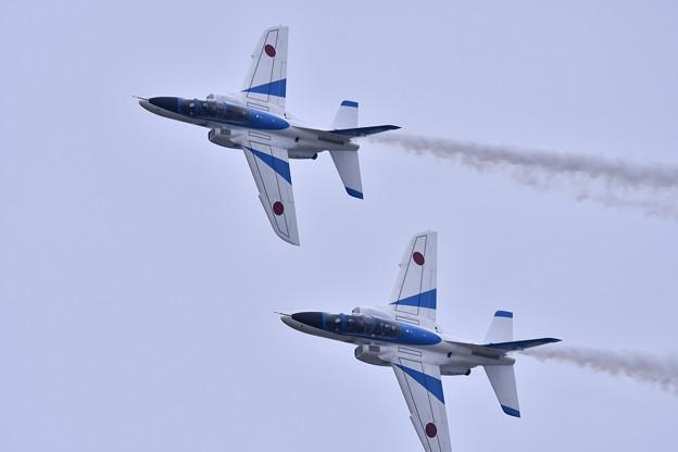 築城基地航空祭。。パラレルでナイフエッジ飛行