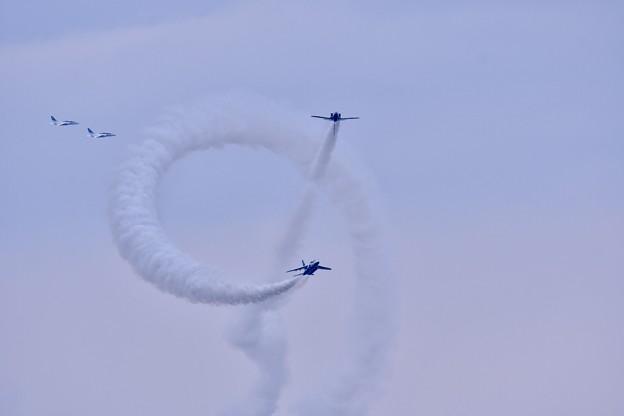 築城基地航空祭。。ブルーインパルスコークスクリュー