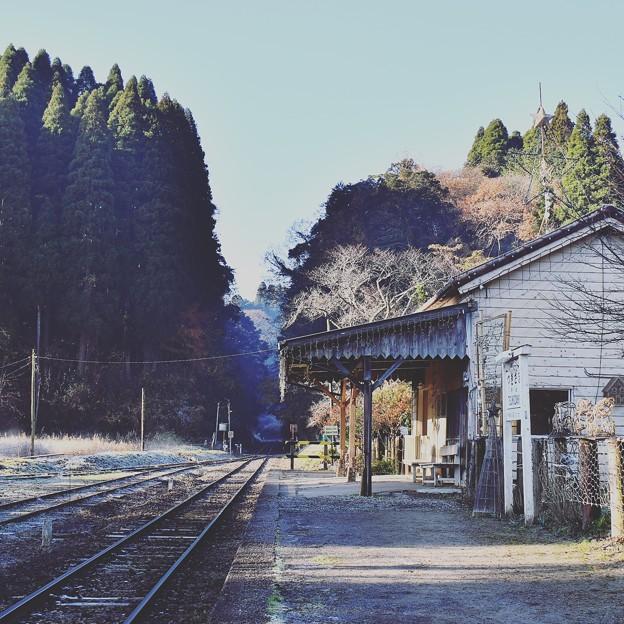 朝靄の中。。小湊鉄道月崎駅風景。。20171210