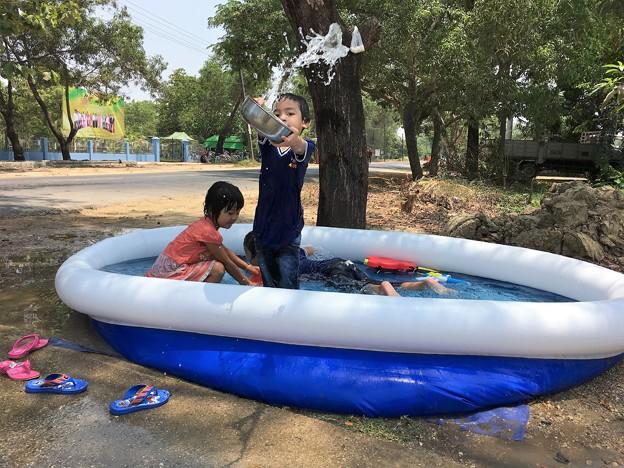 水かけ祭りと団子とプール (11)
