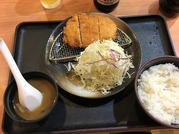 まつのや トンカツ定食 (5)