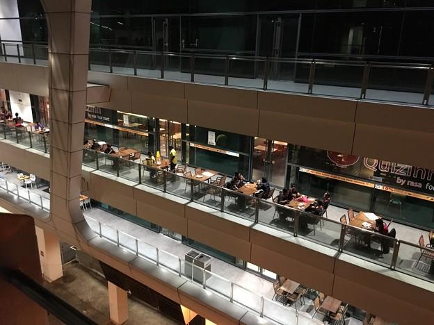クアラルンプール空港の喫煙場所 (3)