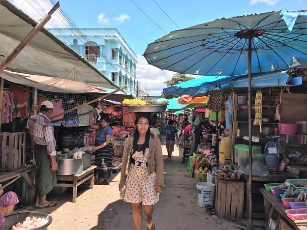 ミャワディの市場 (7)