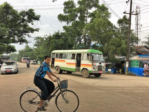 HINO バス (4)