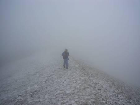 雪渓と天然ミスト