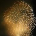 写真: 大迫力の打ち上げ花火
