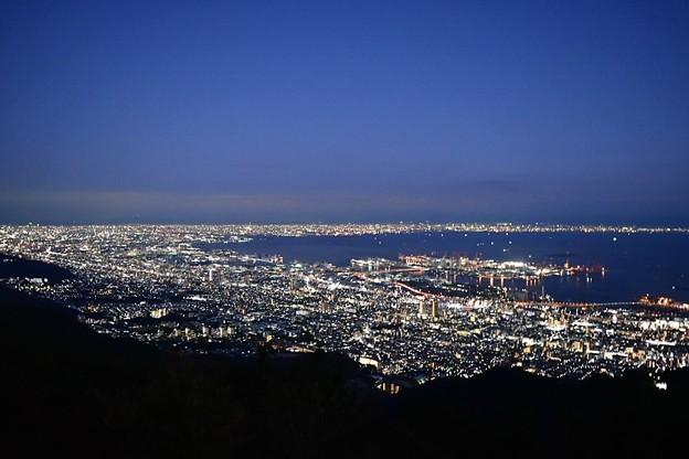 函館、長崎に並んで日本三大夜景のスポット 摩耶山 掬星台