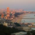 夕日に染まる神戸市内