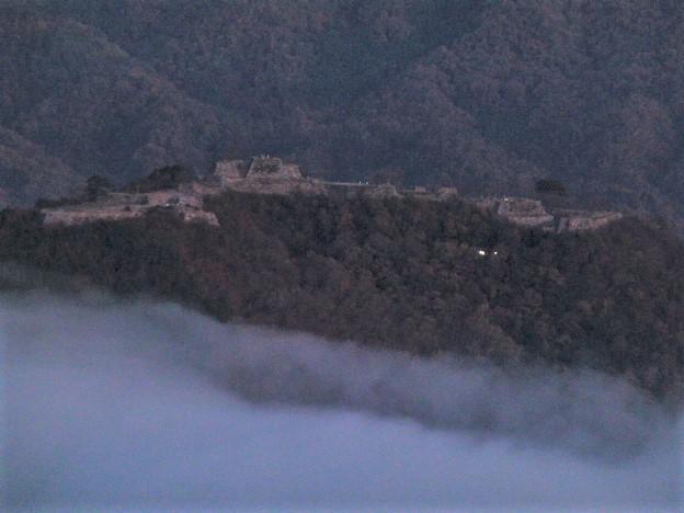 早朝の竹田城跡