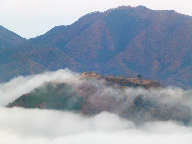 秋から初冬にかけてよく晴れた早朝に見られる雲海
