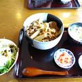 1112_サラダバー付_牛丼730円