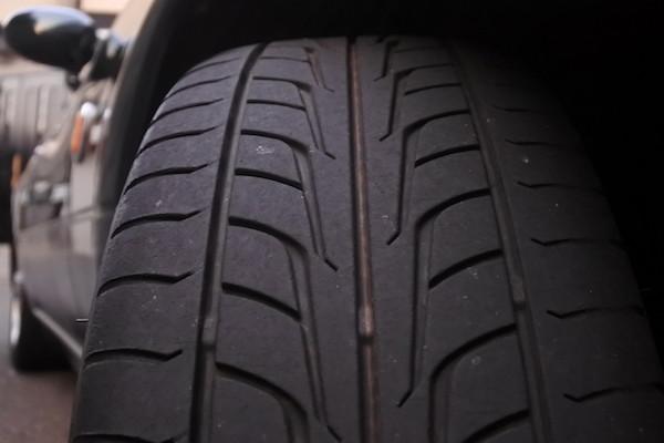 タイヤの残り溝が少ないので早めの交換を