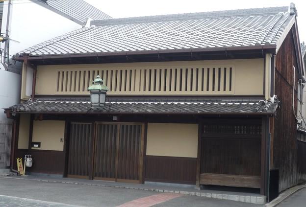 奈良県奈良市下三条町a