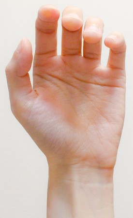 左手の親指の位置1 東京・中野・練馬・江古田、ヴァイオリン・ヴィオラ・音楽教室